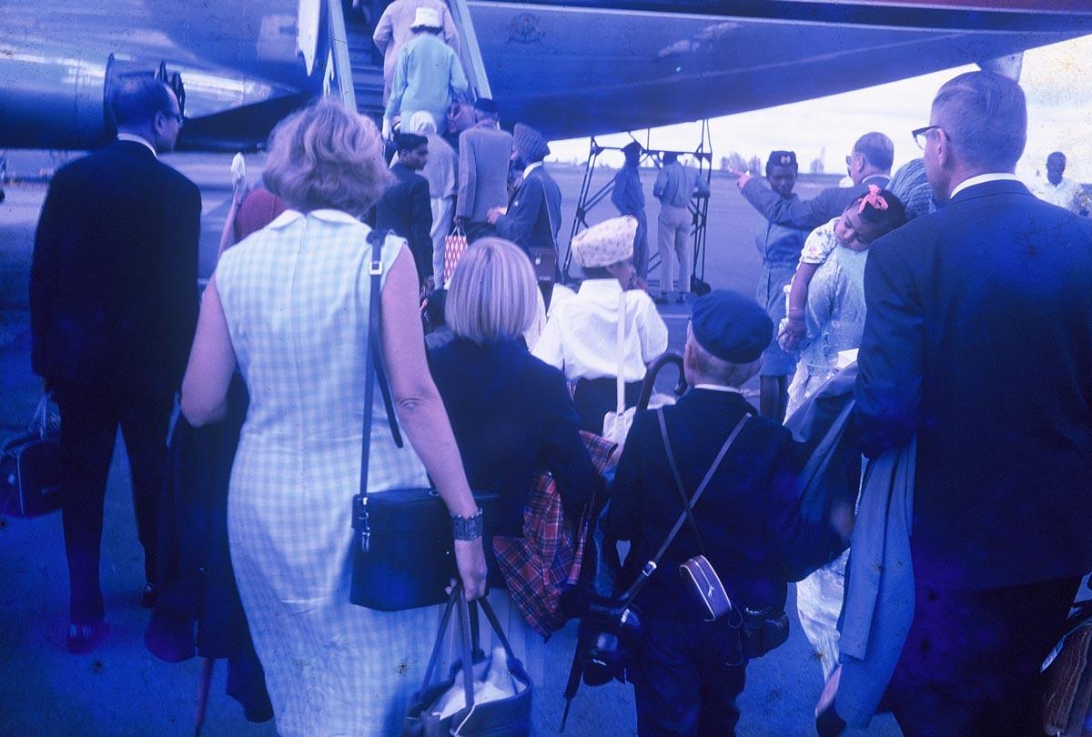 boarding-an-airplane