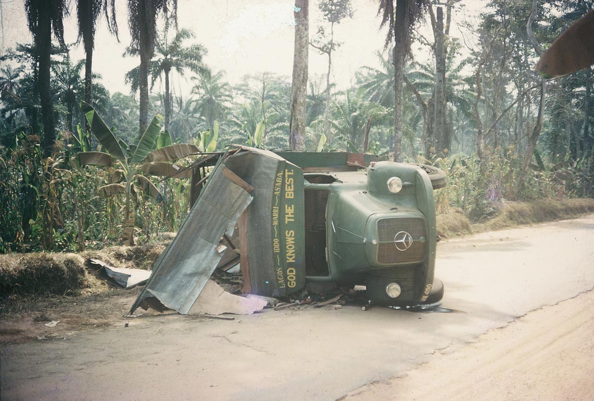 crashed-mercedes-lorry