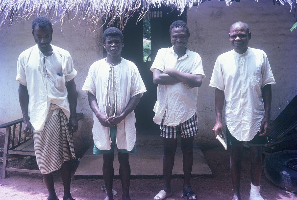four-men-at-BLS