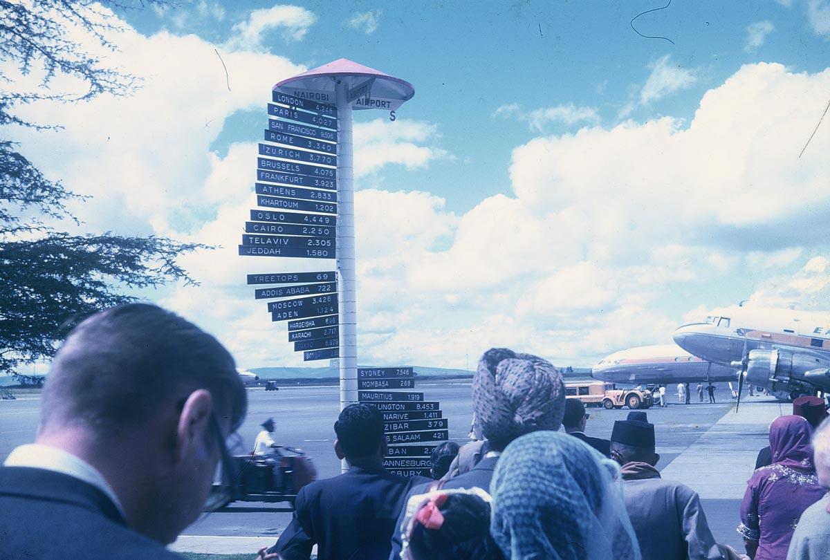nairobi-airport-sign